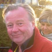 Roald Eilertsen ser faktisk mer fornøyd ut med andreplassen. Linselusa er Hilde Gundersen, en av dagens arrangører.