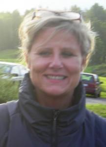 """Hilde Gundersen får ikke deltatt i så mange mandagscupturneringer, men i dag var hun """"arrangør"""", og da gikk hun like godt jevnt med sitt handicap og fikk 18 poeng. Det holdt til tredjeplass."""