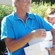 Som belønning for tredjeplassen og seieren i seniorklassen fikk Trond 6 vinglass