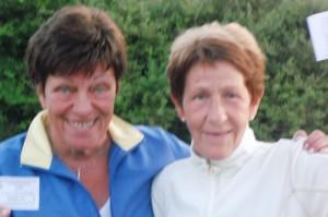 Marit Bjørnstad og Inger Enstad varmet opp med to 18-hullsrunder i helgen, og fikk begge 17 poeng. Marit ble dømt foran på lavere handicap.