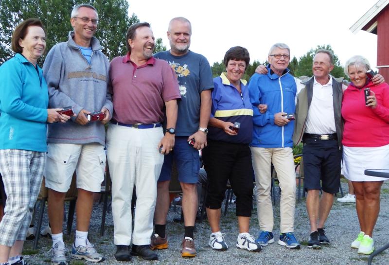 F.v. lag 6: Rutt Brautaset (Østmarka), Olaf Thomassen, Jon Kittilsen, Bjørn Erik Bugge; lag 7: Marit Bjørnstad, Terje Bjørnstad, Roar Hoth (Losby), Birgitt Lauten (Losby)